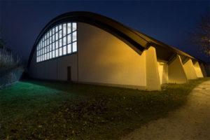 Sport Indoor – Des luminaires résistants aux chocs de balles, c'est possible grâce à TRILUX